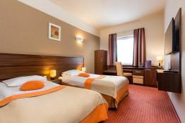 Kielce Nocleg Hotel Tęczowy Młyn
